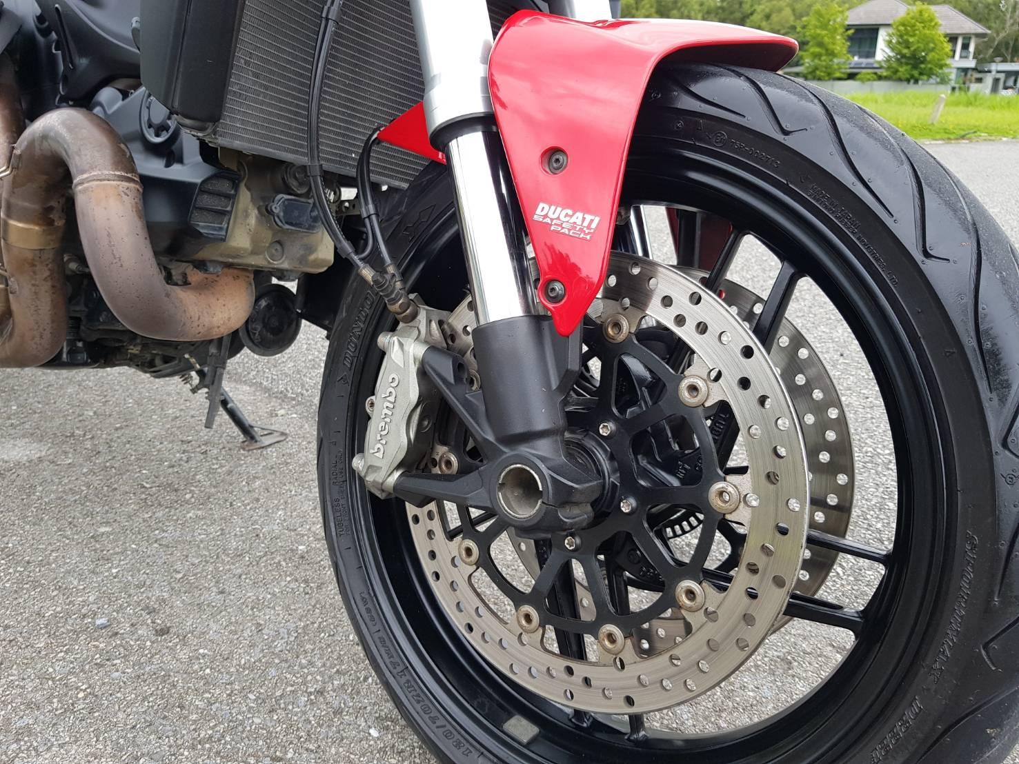 Ducati_Monster_ 821_(37)